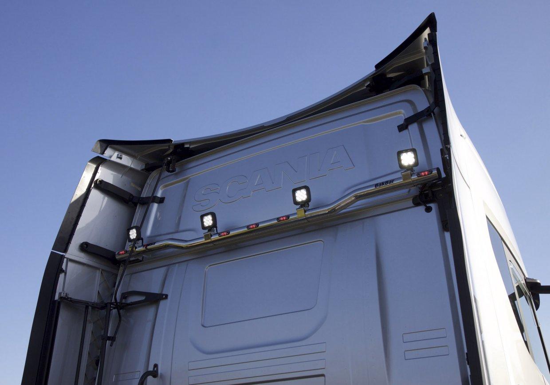 Zadní nerezový rám Kelsa BakBar Spodní pro  Scania Next Generation R&S Střední kabina