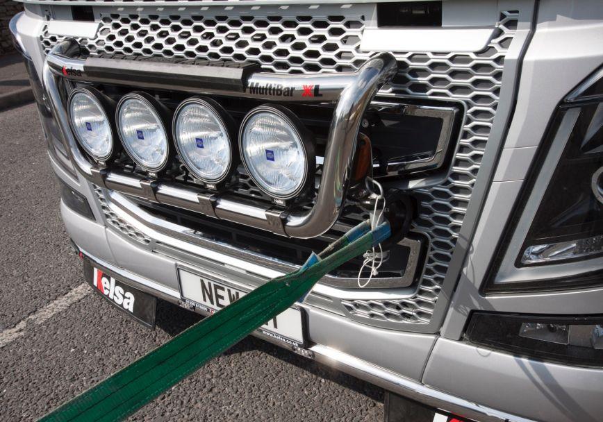Přední nerezový rám Kelsa MultiBarXL High Mount pro  Volvo FH 2013-2020 Denní kabina
