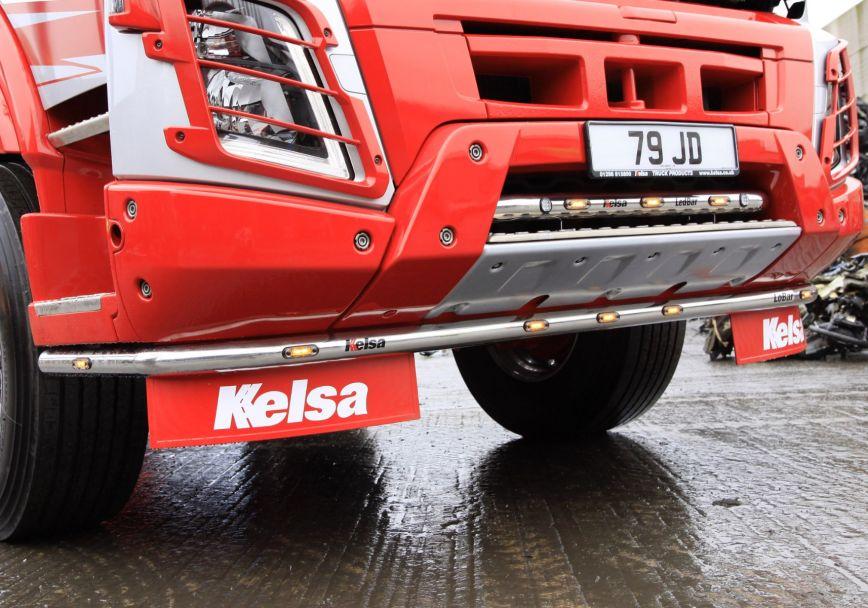 Nerezový rám po nárazník Kelsa LoBar Low Mounted pro  Volvo Euro 6 FMX Globetrotter