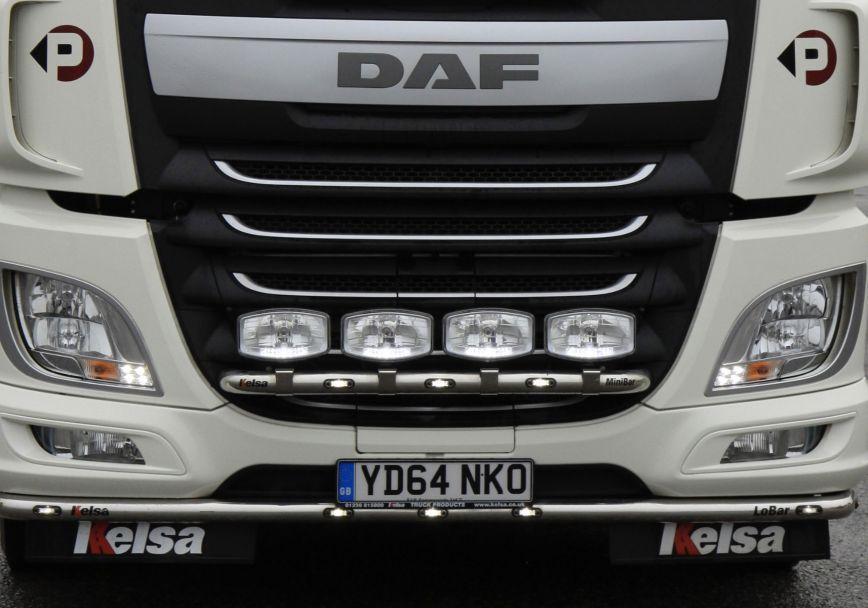 Přední nerezový rám Kelsa MiniBar pro  DAF XF106 Facelift Spacecab