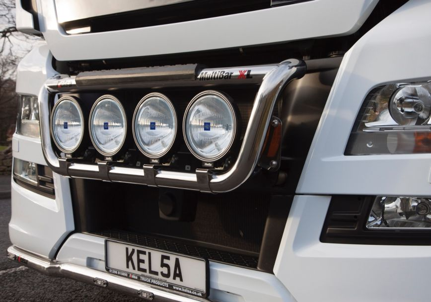 Přední nerezový rám Kelsa MultiBarXL pro  Man TGX Euro6 XL