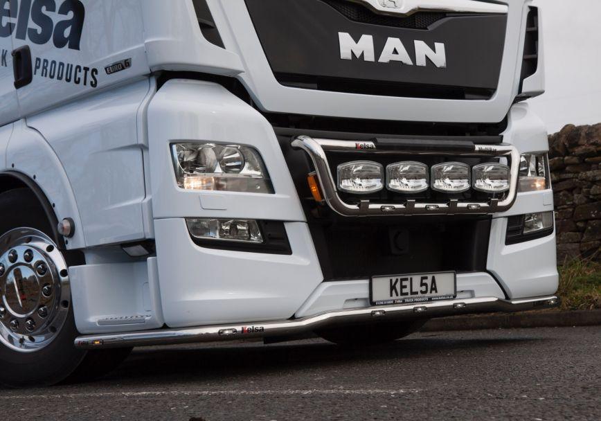 Přední nerezový rám Kelsa MultiBar pro  Man TGX Euro6 XL