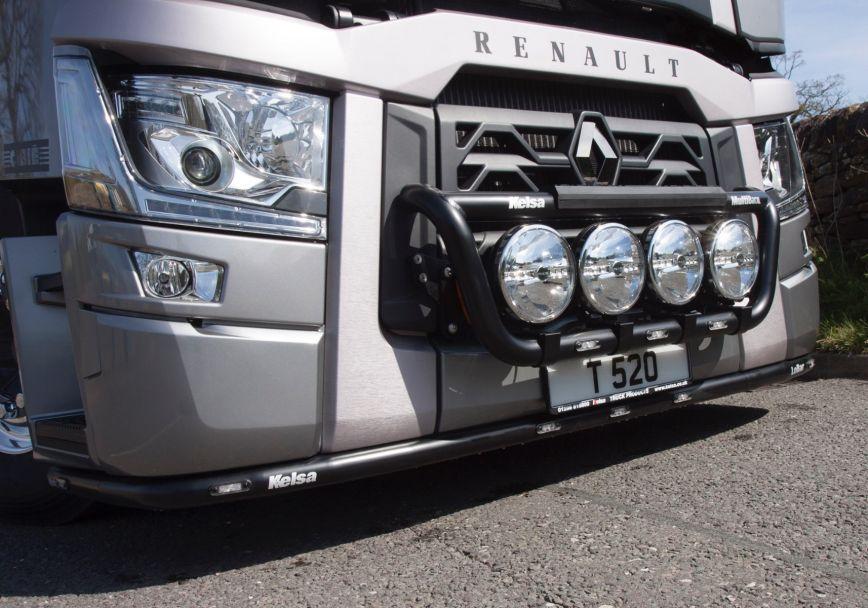 Přední nerezový rám Kelsa MultiBarXL pro  Renault T Range Long Haul Sleeper