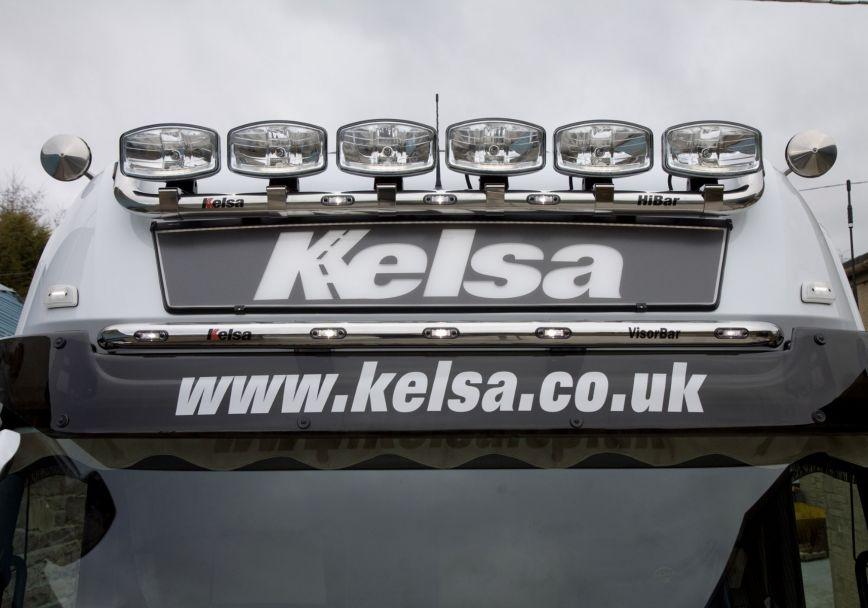 Nerezový rám Kelsa VisorBar pro  Mercedes Actros 2012-on Gigaspace