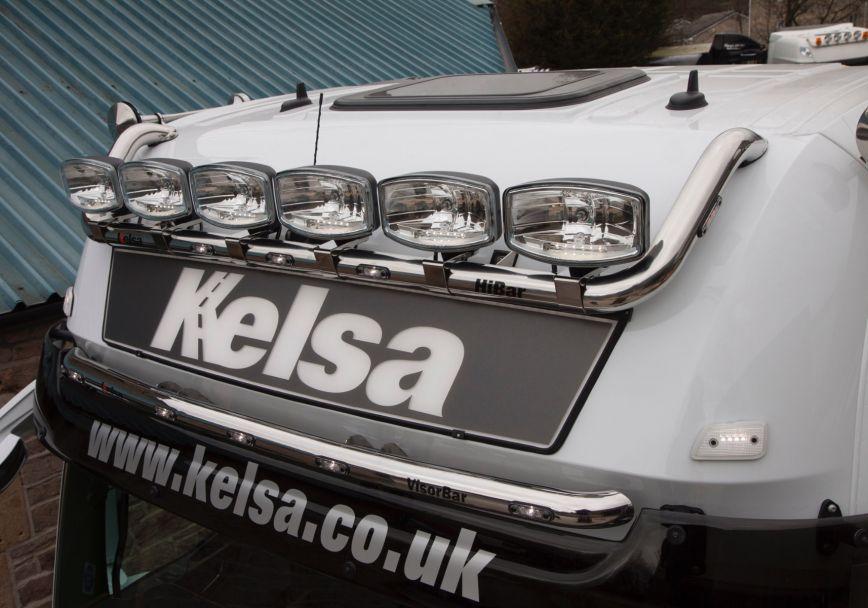 Nerezový rám Kelsa VisorBar pro  Mercedes Actros 2012-on Bigspace