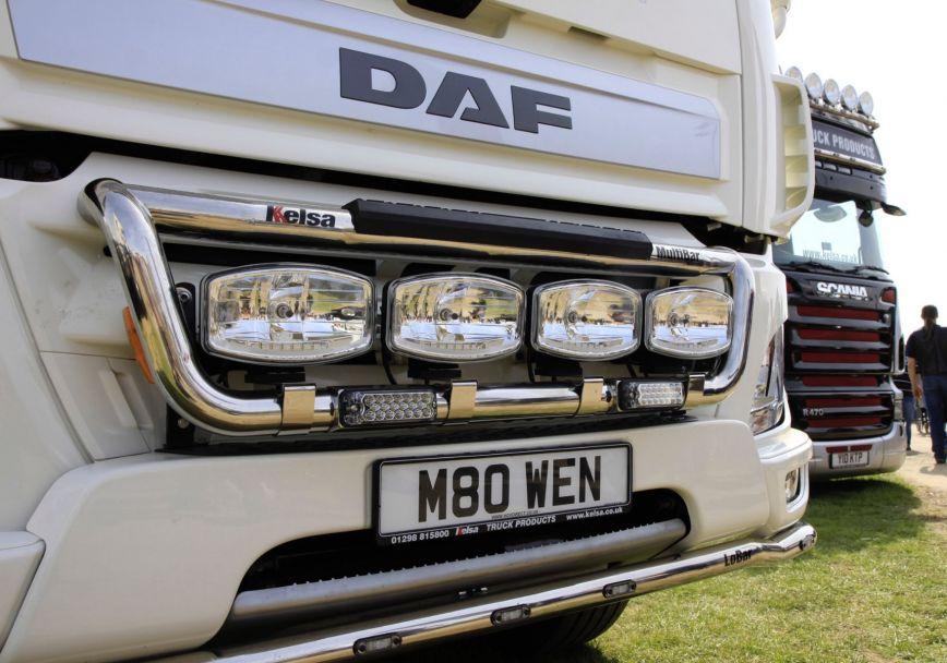 Přední nerezový rám Kelsa MultiBar Const. pro  DAF CF Euro6 Denní kabina
