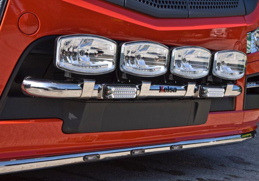 Přední nerezový rám Kelsa MiniBar pro  Mercedes Actros 2012-on Streamspace 2.3m