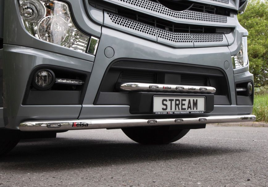 Přední nerezový rám/lišta Kelsa LedBar pro  Mercedes Actros 2012-on Streamspace 2.3m