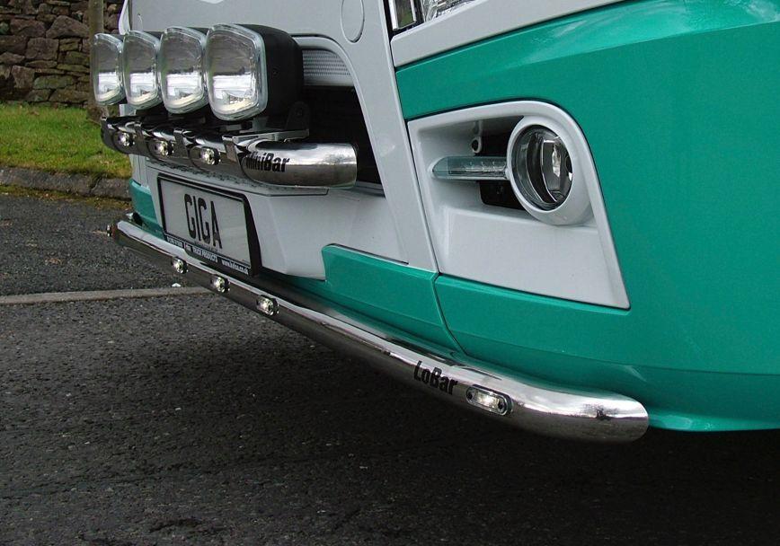 Nerezový rám po nárazník Kelsa LoBar pro  Mercedes Actros 2012-on Streamspace 2.3m