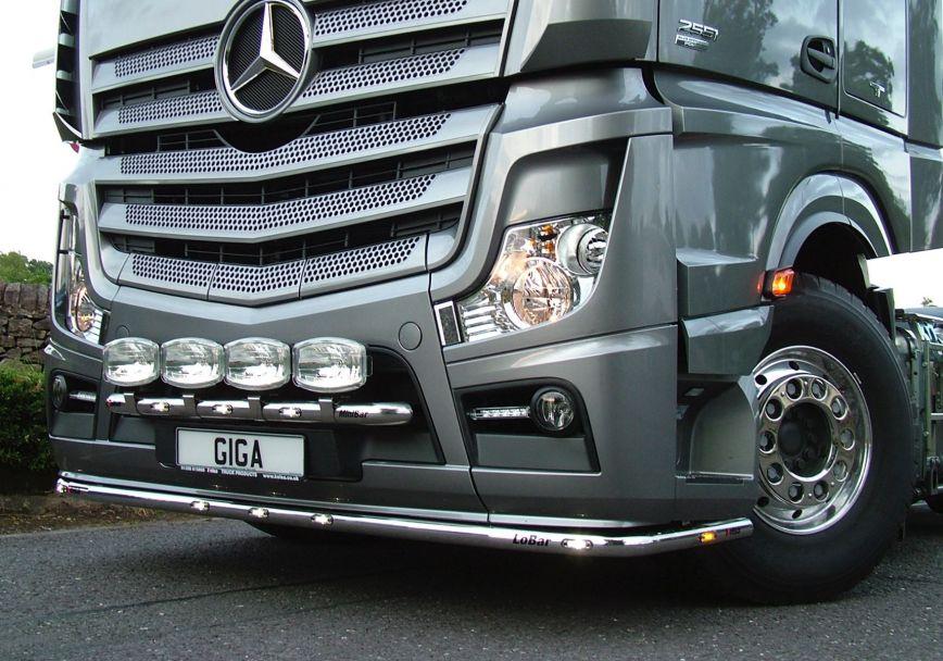 Nerezový rám po nárazník Kelsa LoBar pro  Mercedes Actros 2012-on Bigspace