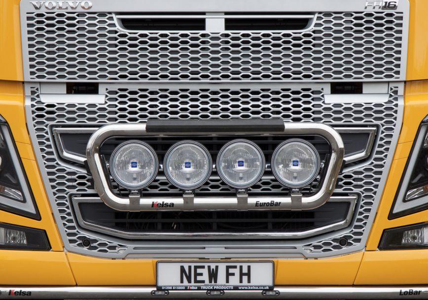 Přední nerezový rám Kelsa EuroBar Low Mount pro  Volvo FH 2013-2020 Globetrotter XL