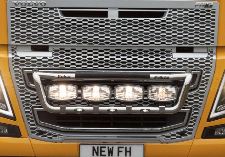 Přední nerezový rám Kelsa MultiBar Low Mount pro  Volvo FH 2013-2020 Denní kabina