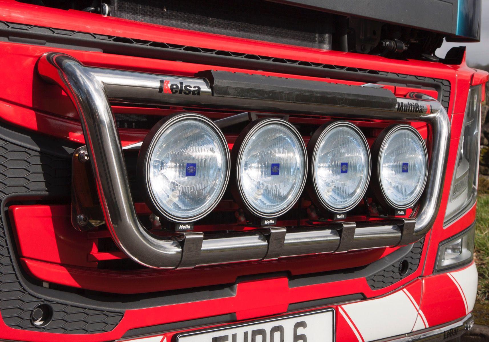 Přední nerezový rám Kelsa MultiBarXL pro  Volvo FM Euro6 Globetrotter
