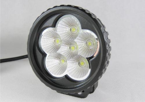 Bullboy B18 compact LED